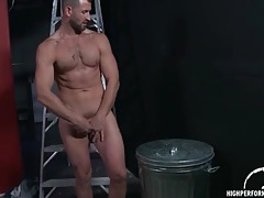 Hot body solo guy strokes his boner tubes