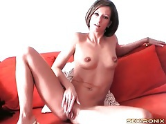 Firm body babe with short hair fondles her tits tubes