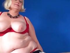 Blonde bbw mom in a sexy striptease tubes
