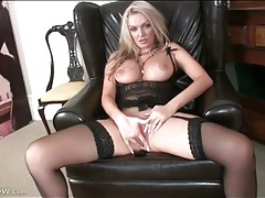 Solo lingerie porn with blonde mom amber jayne tubes