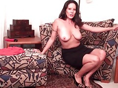 Brunette mom with saggy tits strips naked tubes