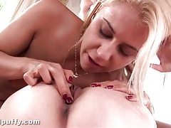 Blonde fucks lesbian lover with a peeled banana tubes