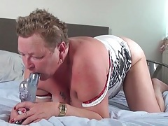 Old bbw with her ass up masturbates tubes