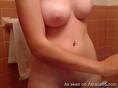 Webcam amateur has big young tits tubes