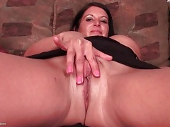 Extreme close up on milf pussy tubes