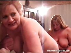 Curvy amateur sucks his dick in homemade porn tubes