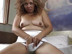 Horny old mom in pantyhose masturbates tubes
