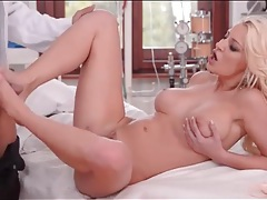 Babe gives her horny doctor a footjob tubes