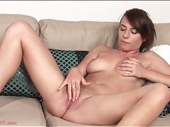 Cute solo girl hannah sweet fingers cunt tubes