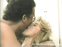 Nerdy guy kisses and eats out a vintage beauty tubes