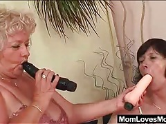 Horny lesbian grandma eats pussy in close up tubes