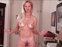 Cute mature with incredible big tits rubs solo tubes