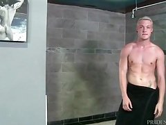 Big cock solo blonde strokes in the shower tubes