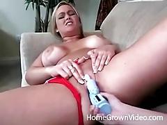 Curvy lesbian chick fucked by a big dildo tubes