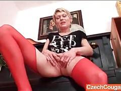 Red stockings are sexy on masturbating mom tubes
