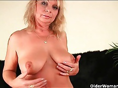 Lustily finger banged and fucked mature slut tubes