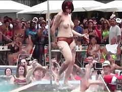 Dancing and stripping pool party girls tubes