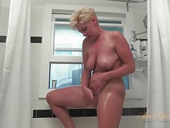 Old blonde with saggy boobs washes her pussy hard tubes
