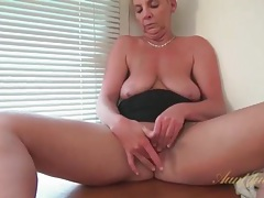 Short hair blonde mature fingers her shaved pussy tubes
