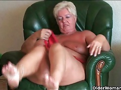 Granny gives up cleaning house and strips naked tubes