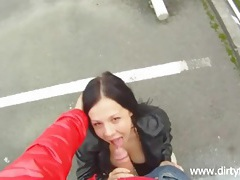 Blowjob in a parking lot from a cute chick tubes