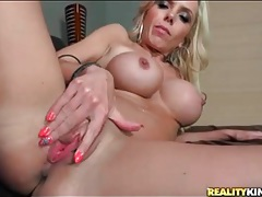 Fit mom with amazing fake tits loves that fingering tubes