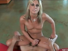 Lady in his lap gives a lusty handjob tubes