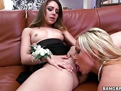Nikki benz goes down on a pretty girl with lust tubes