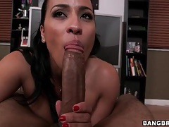 Big knob sucked passionately by a latina girl tubes