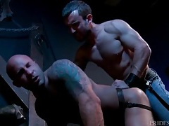 Fucking that kinky bottom ass from behind tubes