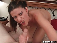Dick sucked on by a skinny brunette chick tubes