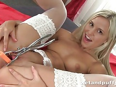 Blonde makes her pussy gape so you can look inside tubes