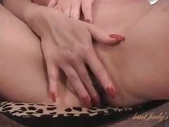 Mom cunt lips open as she masturbates sensually tubes