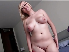 Cute amateur with hot curves wants to make her first porn tubes