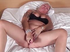 Black dildo fucks deep into her soaking wet pussy tubes