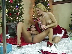 Erotic lesbian seduction on christmas day tubes