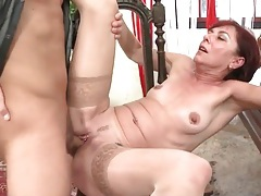 Old pierced pussy fucked by a hard young dick tubes