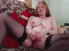 Saggy tits mature slowly masturbates her cunt tubes