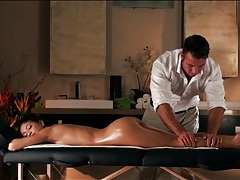 Masseur oils up his client and eats her pussy tubes