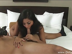 Dark haired babe goes for a hot cock ride tubes