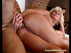 Hot stepmoms first anal sex tubes