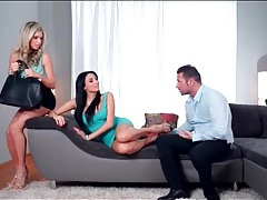 He worships the feet of two gorgeous girls tubes