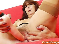 Hairy twat gape and posing by a gran tubes