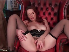 Seamed stockings babe masturbates her hairy cunt tubes