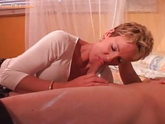 Short hair milf chick easily swallows his dick tubes