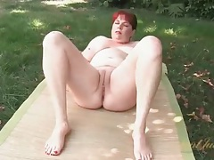 Mature booty is big and soft outdoors tubes