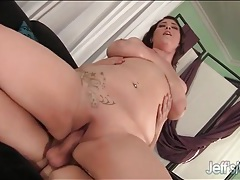 Hot bbw is sexy riding his hard cock tubes