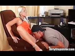 His sexy stepsister wants her wet cunt licked tubes
