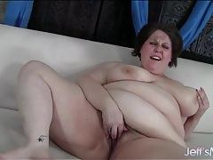 Plumper rubs her hairy cunt and moans tubes
