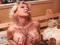 Big tits old babe smoking and masturbating in lingerie tubes